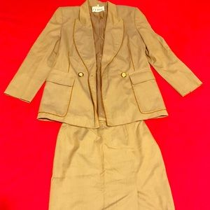 GIANFRANCO FERRE business suit.Made in Italy (80s)